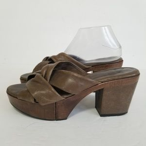 Robert clergerie size 9 leather platform